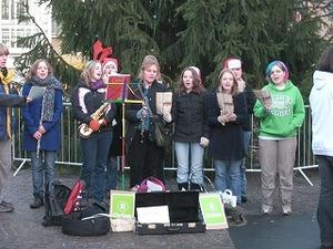 Christmas_carol_singers